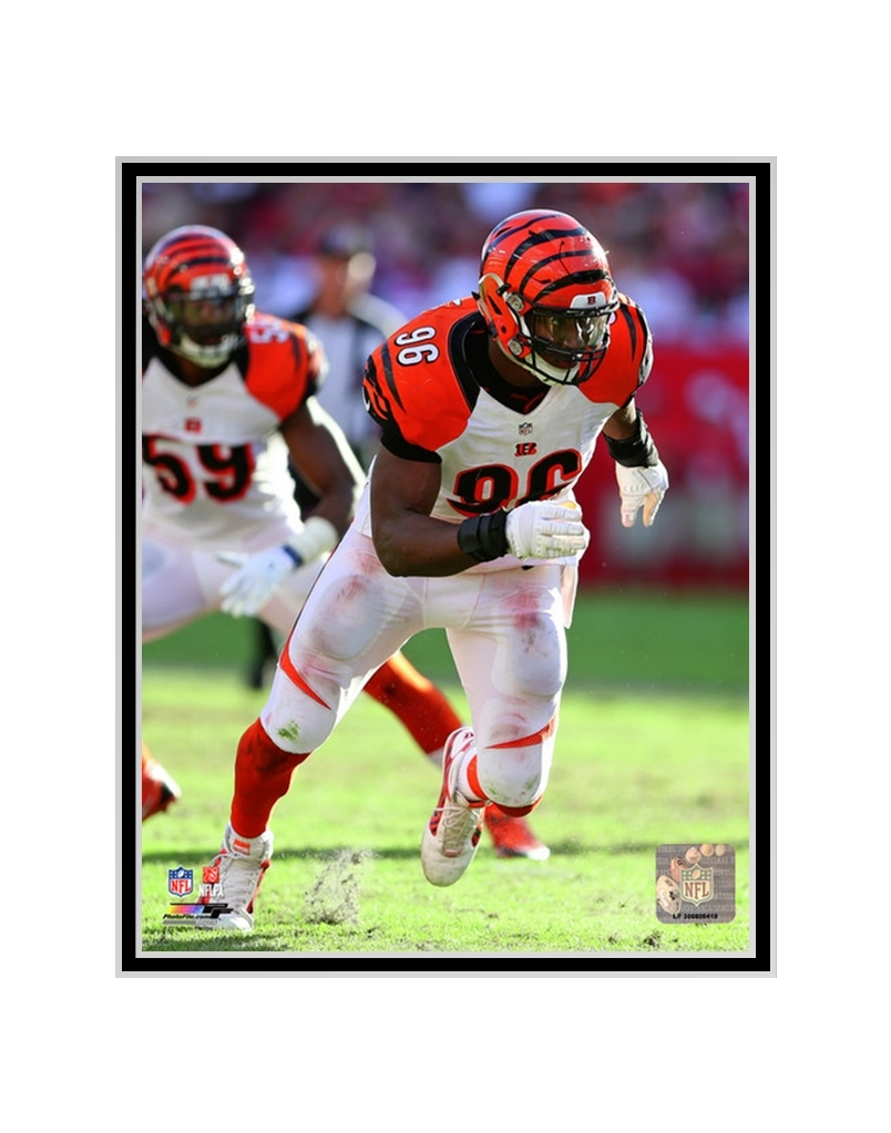 Matted Carlos Dunlap 2014 Action Cincinnati Bengals Photo