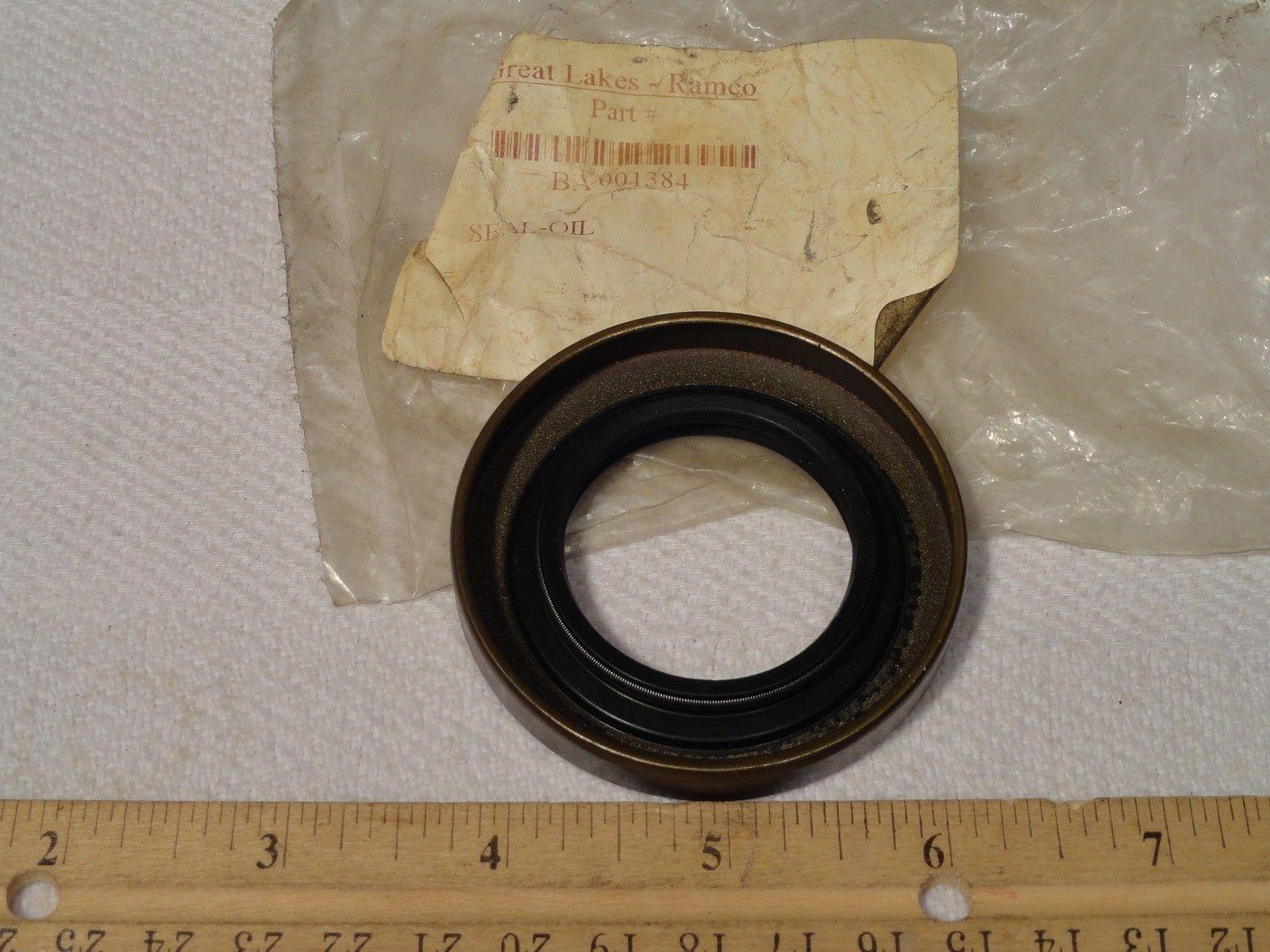 BAKER BA 001384 FORKLIFT SHAFT OIL GREASE SEAL