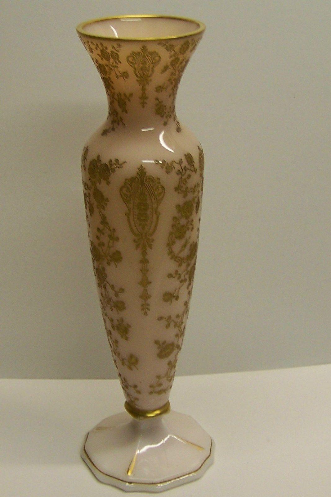 Cambridge Crown Tuscan Rosepoint vase gold Rose Point