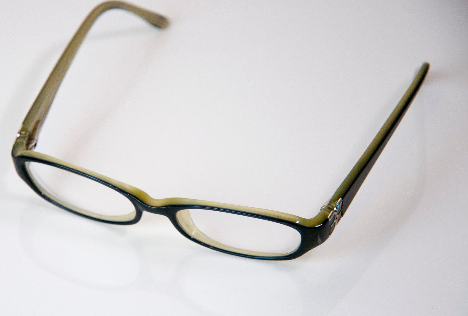 Eyeglass Frame By Size : Designer BCBG MAXAZRIA Eyeglass Frames Size L.125mm ...
