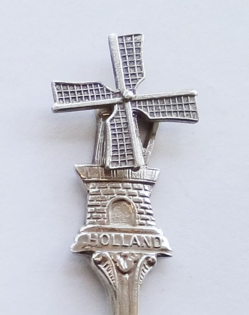 Collector Souvenir Spoon Netherlands Holland Windmill Rotary Blades Repousse