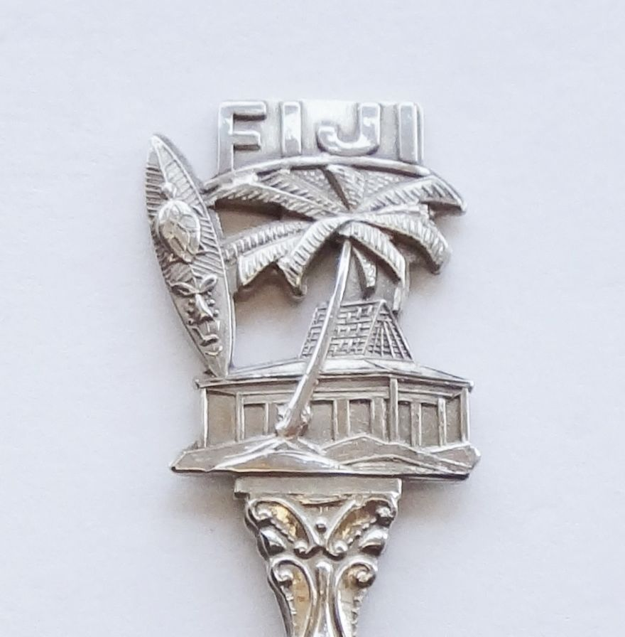Collector Souvenir Spoon Fiji Tiki Tribal Mask Surf Board Palm Tree Cabin Hut