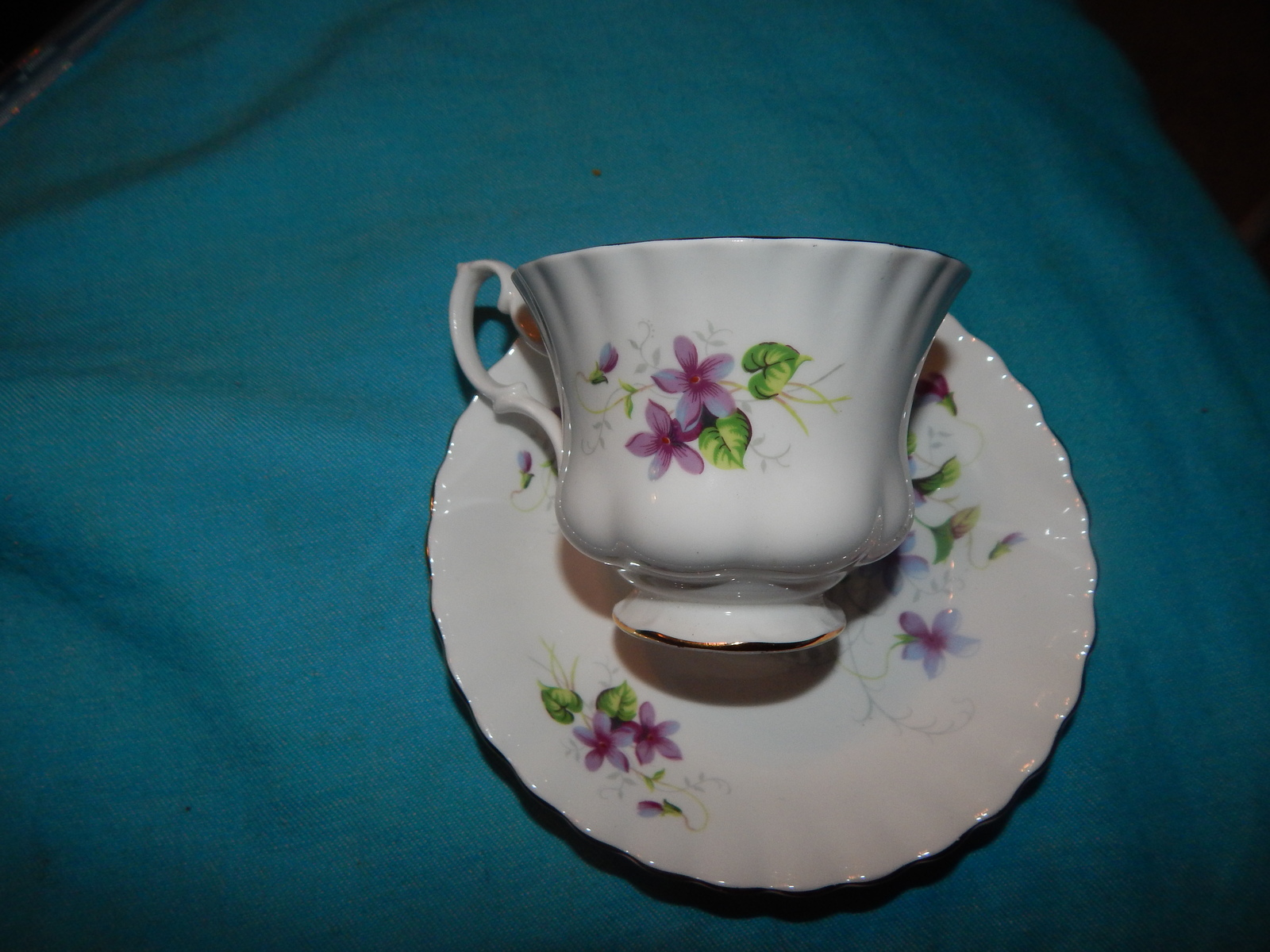 Royal Albert cup and saucer bone china England Violets Free shipping