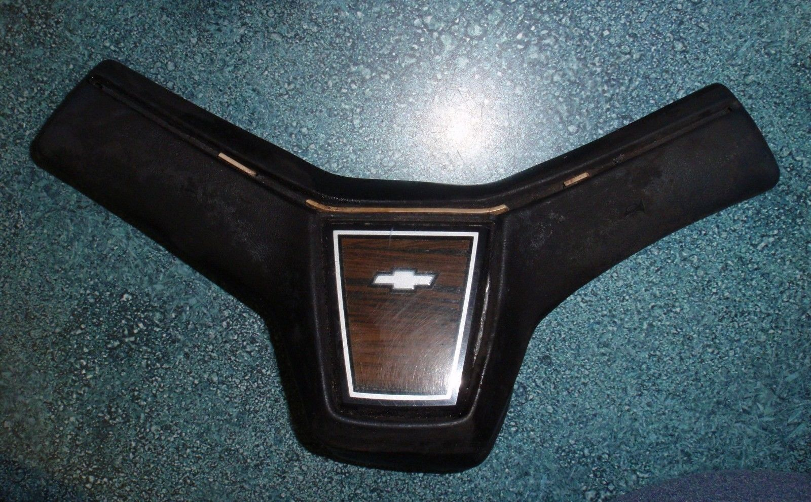 VINTAGE Steering Wheel GM Chevy Malibu 9761093-2-7 1970s?