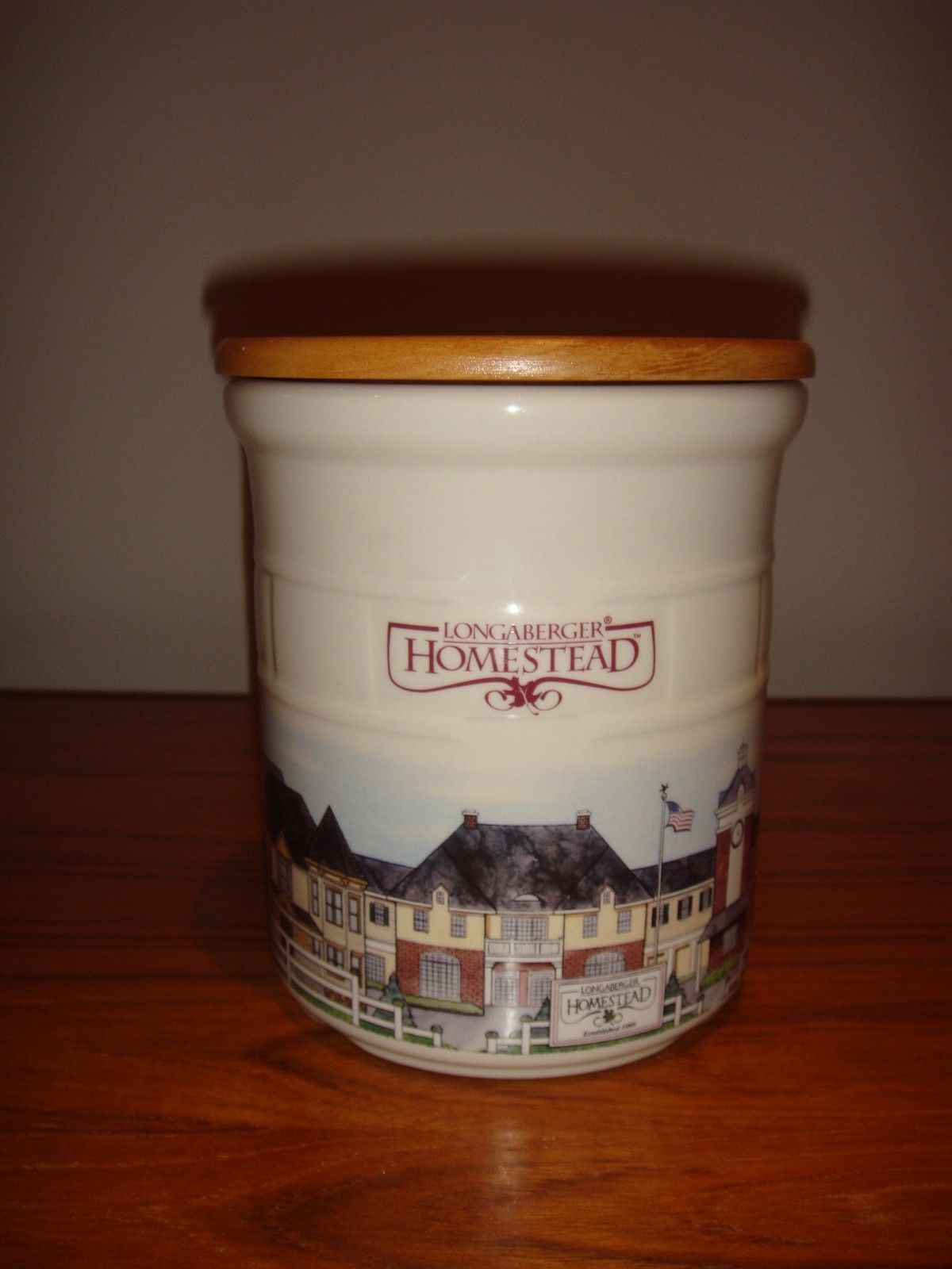 Longaberger Pottery Homestead 2 Quart Crock With Lid