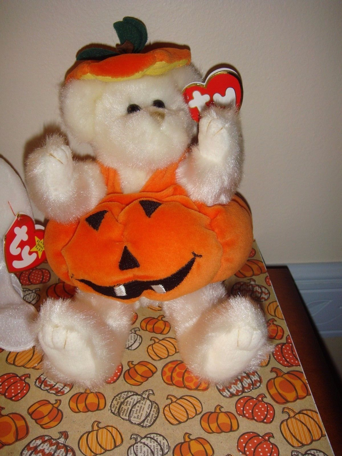 Ty Attic Treasures Carver Pumpkin And Beanie Baby Sheets