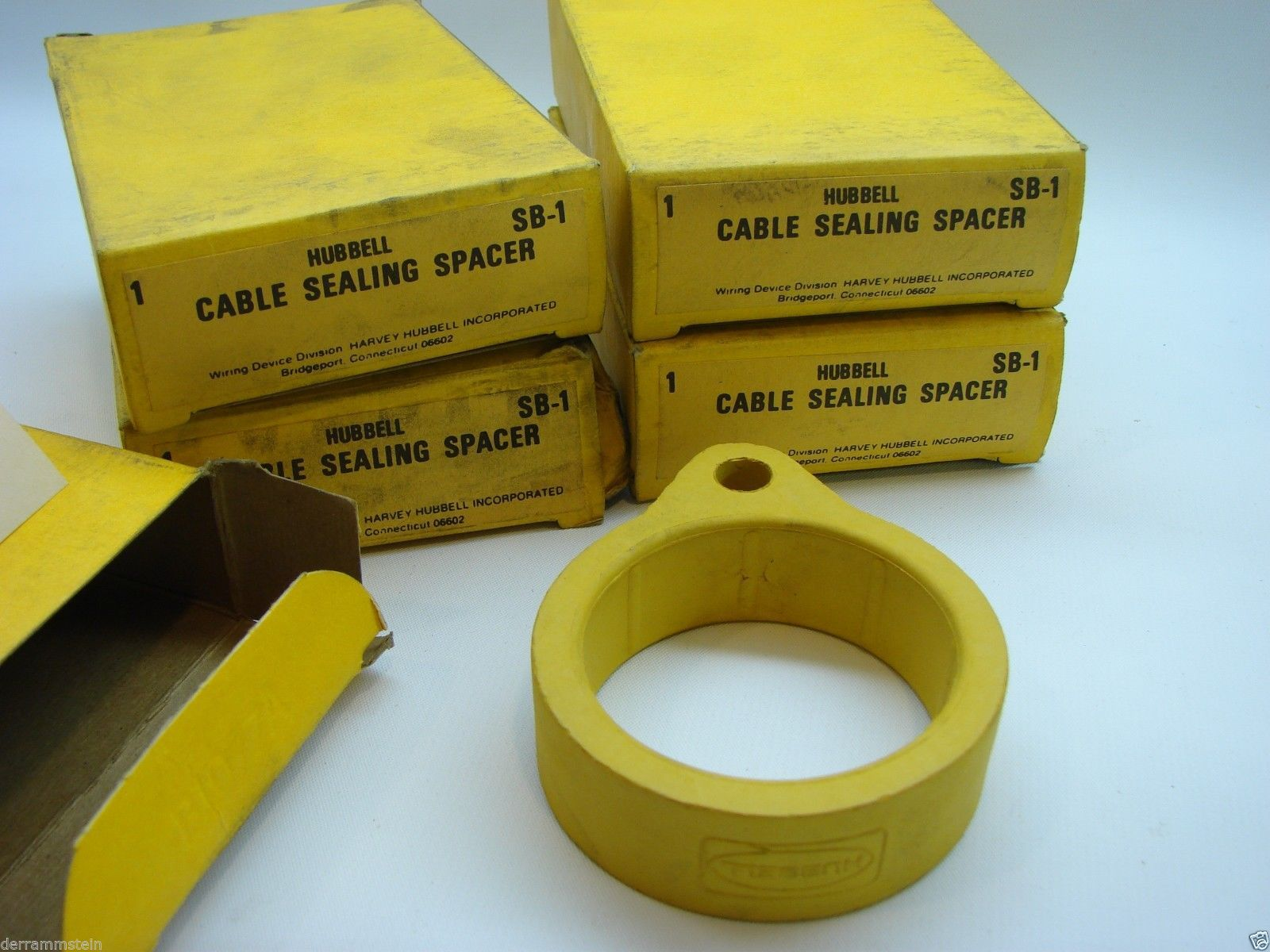 5 Hubbell SB-1 Cable Sealing Spacers Prevent Moisture Between Plug/Connector t2