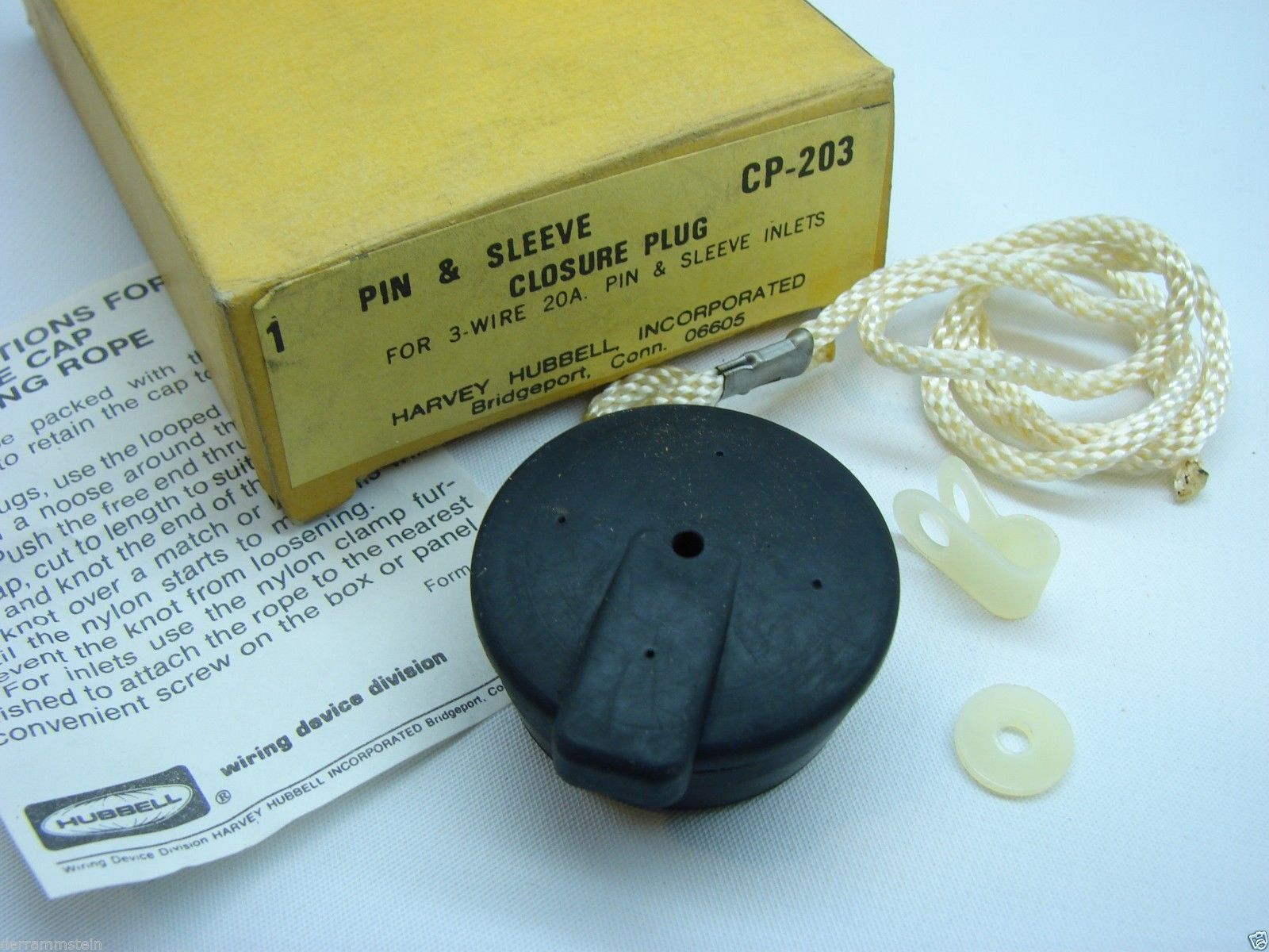 Hubbell CP-203 Pin & Sleeve Closure Plug For 3 Wire 20 Amp Pin & Sleeve Inlet t7