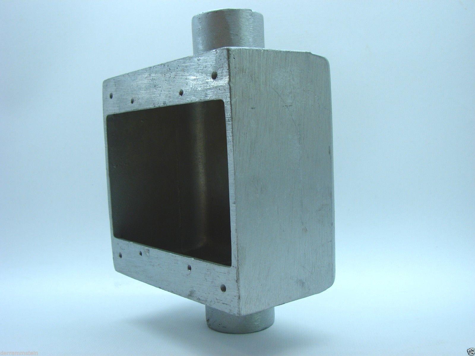 "Hubbell FD20-2 FD Pin & Sleeve Device Back Box 1"" Hubs 2-1/2"" Deep 47 CU.IN.t6"