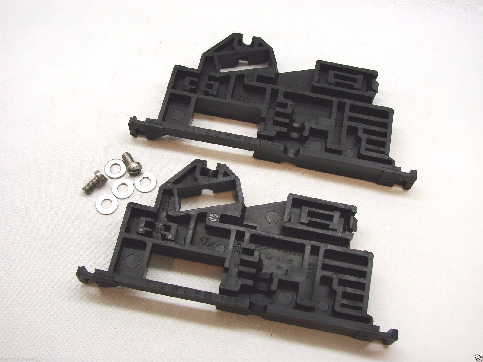 New Appleton A.T.X. 96115 Insulated Side Support Mounting – Set of Two b140
