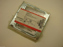 WIREMOLD V4047C-2  2-GANG DEVICE COVER PLATE IVORY f4 - $9.89