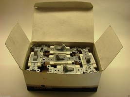 1- Box Of 10 Leviton Gray CS320-2GY Spec.Grade AC Quiet 3-Way Toggle Switch  b52 - $29.69