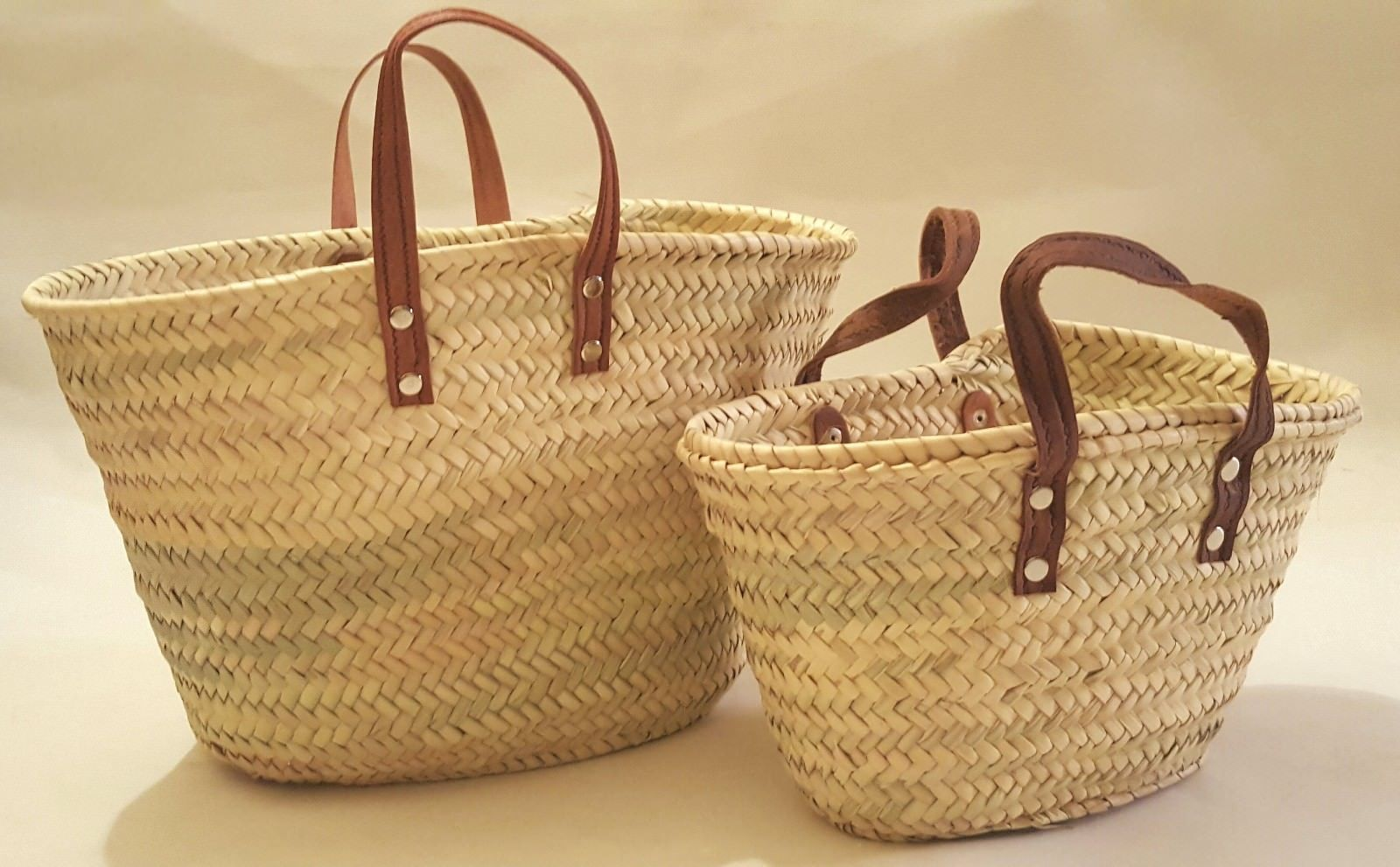 Sale set of 2 Baskets with flat leather handles