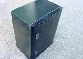 Appleton JBEP4030200 Locking Poly Gasketed Enclosure 400mmX300mmX200mm b132 - $98.99