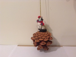 Siamese Cat Real Pinecone Pet Ornament Decoration with Red/Green Scarf, New - $39.99