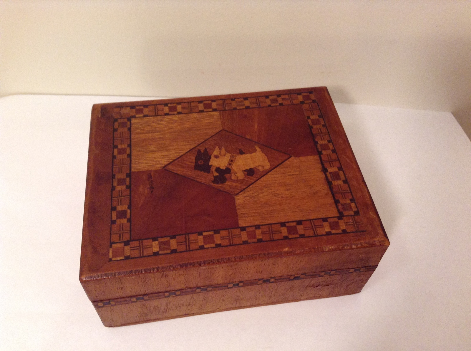 Primary image for Vintage Inlay Scottish Terrier Two Scottie Dogs Wooden Box