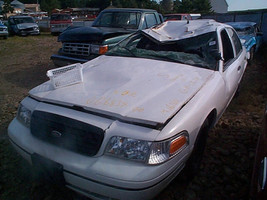 2000 Ford Crown Victoria Headlight Left - $121.50