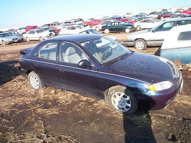 1997 Hyundai Elantra HEADLIGHT Right - $99.00