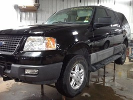 2005 Ford Expedition Headlight Left - $57.00