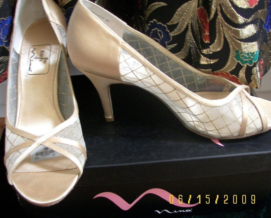 Nina Gold Ladies Evening Heels Shoes Sz 8 Open Toe  Nina