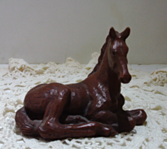 Vintage Red Mill Manufacturing Chestnut Foal // Vintage Horse Figurine - $16.00