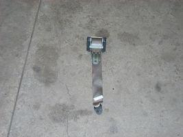 1789 rt rear seat belt thumb200