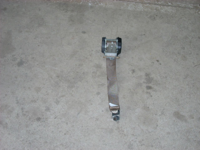 2009 NISSAN SENTRA  LEFT REAR SEAT BELT