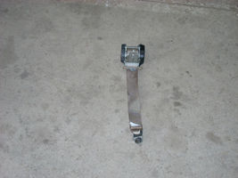 1789 lt rear seat belt thumb200