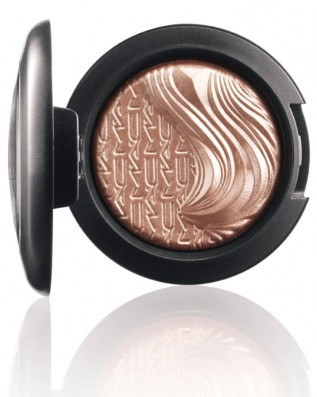 MAC In Extra Dimension Collection, *Sweet Heat* Extra Dimension Eyeshadow