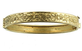 VINTAGE VICTORIAN REVIVAL FLORAL GOLD TONE ENGRAVED BANGLE BRACELET 1950... - $101.24