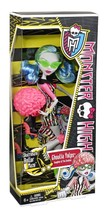 "Monster High Ghoulia Yelps from the ""Skultimate Roller Maze"" collection NIB - $47.88"