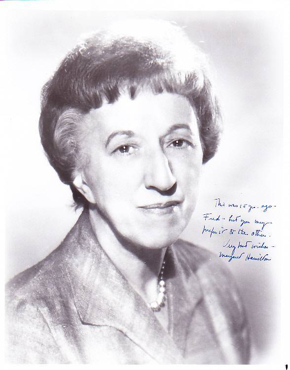 Margaret Hamilton Wizard of Oz Wicked Witch Autograph Signed 8 x 10 Photo