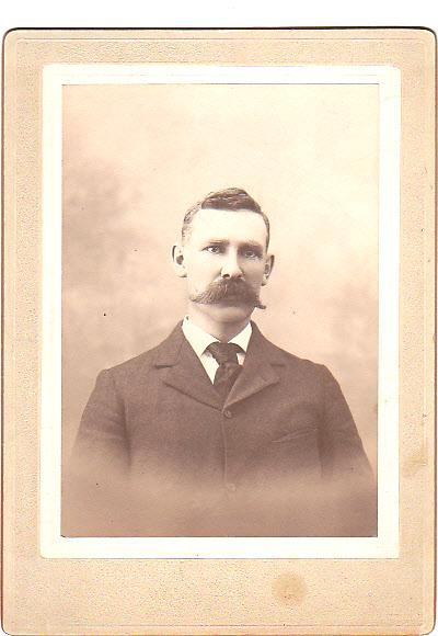 HOWARD ROBERTS CABINET CARD PHOTO - Husband of Margaret Sonle, Sonles, Sonlis