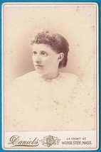 VIOLA BUZZELL CABINET CARD PHOTO - Worcester, Massachusetts - $17.50
