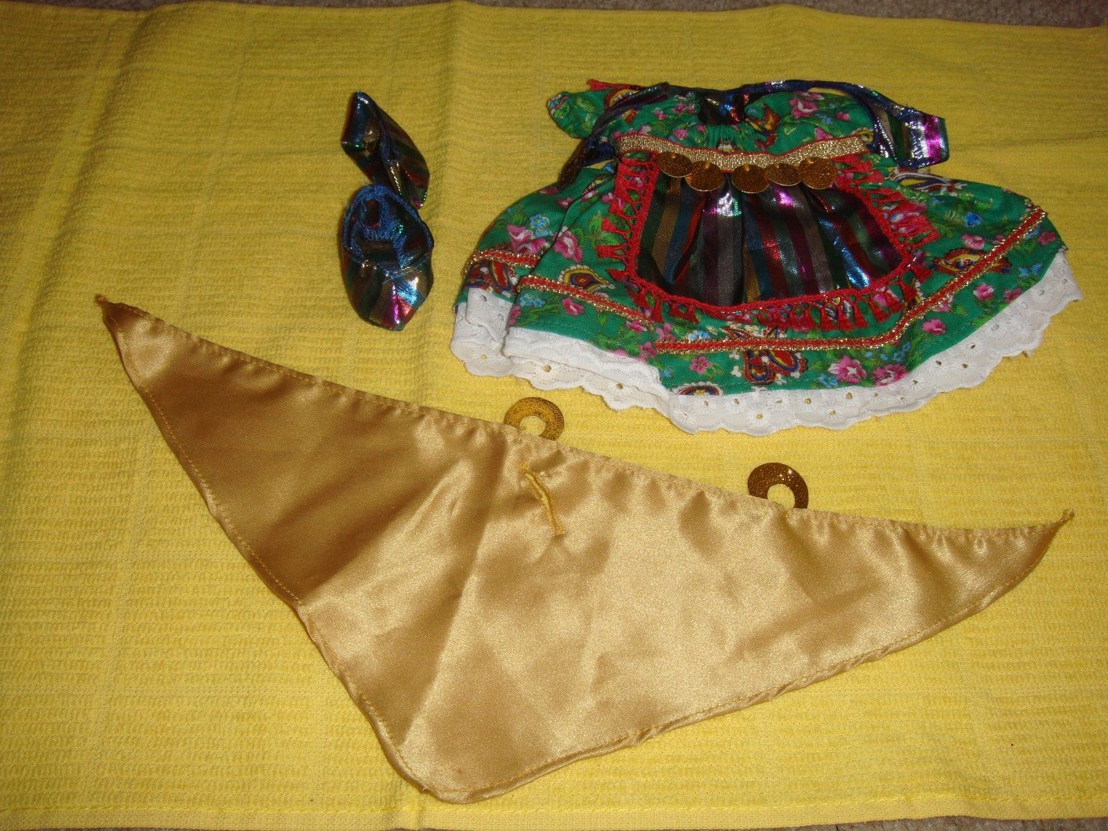 Muffy Vanderbear Gypsy Fortune Tellers Outfit