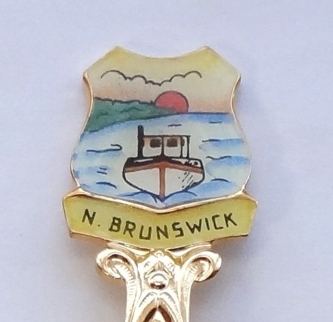 Collector Souvenir Spoon Canada New Brunswick Lobster Moose Fishing Boat Enamel