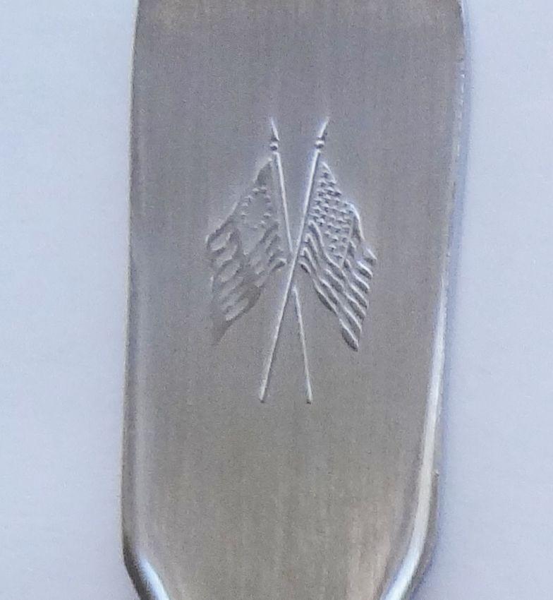 Collector Souvenir Spoon USA North Carolina 1789 Great Seal Coat of Arms Large
