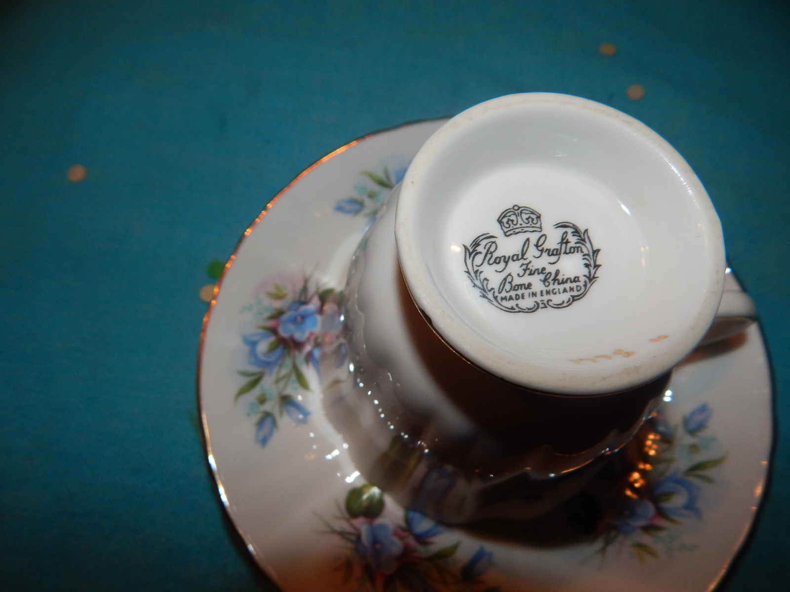 Royal Grafton cup and saucer bone china England Flowers Free Shipping #131