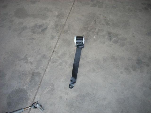 1798 rt rear seat belt