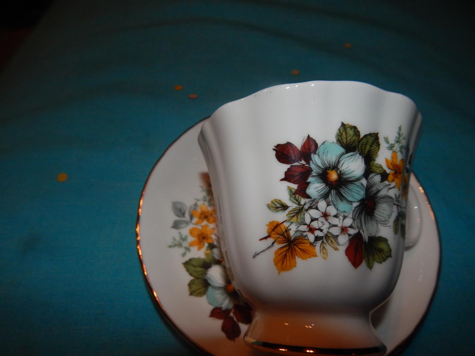Royal Grafton cup and saucer bone china England Free Shipping #131