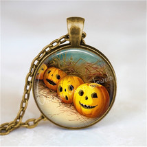 VINTAGE HALLOWEEN Necklace, Vintage Jack O Lantern Necklace, Halloween N... - €11,38 EUR