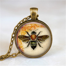 BEE Necklace, Bee Pendant, Bee Jewelry, Bee Charm, Glass Photo Art Neckl... - €11,18 EUR