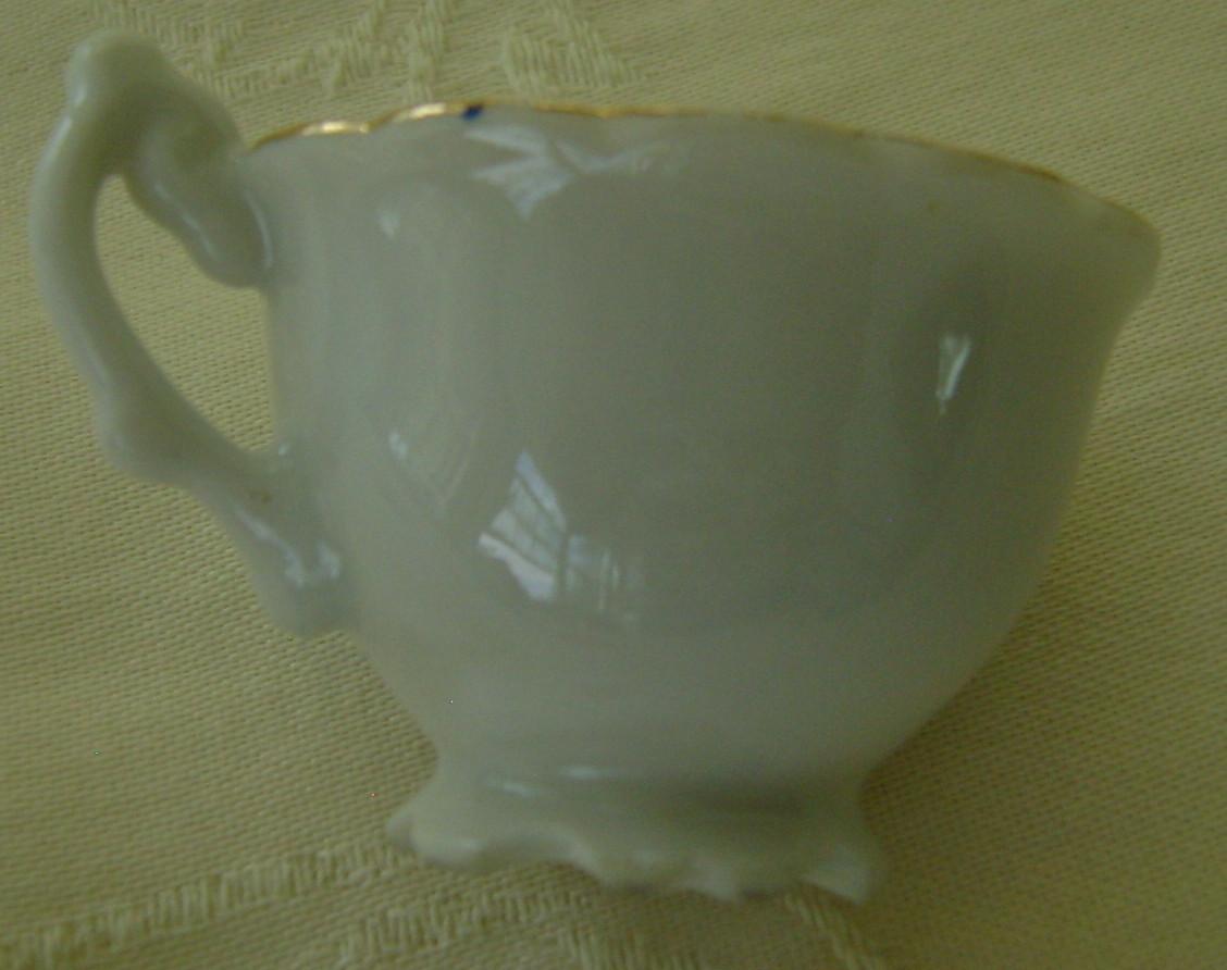 Miniature Souvenir Cup & Saucer Mt. Rushmore