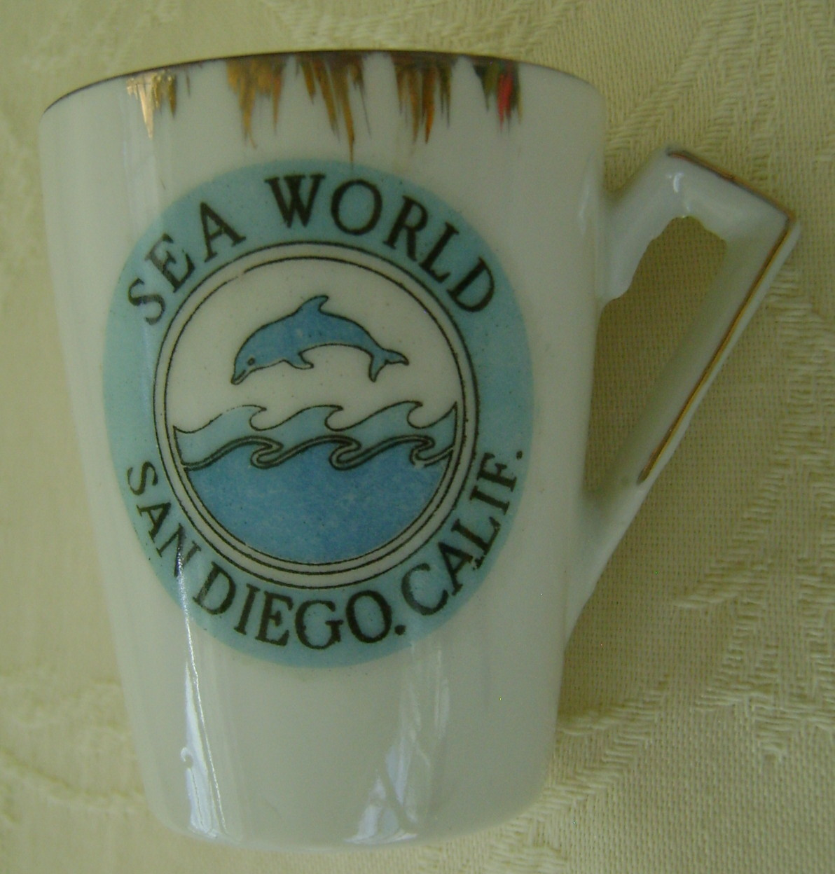 Miniature Cup & Saucer Sea World San Diego