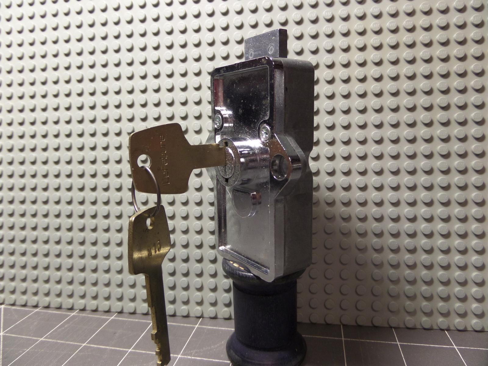 Locksmith LeFebure AL-81 Cabinet Lock Rare Special Purpose Thin Bolt NOS!!A