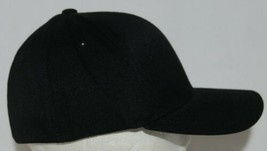 Flexfit Black 6277 Twill Hat S M Permacurv Visor With Silver Undervisor image 2