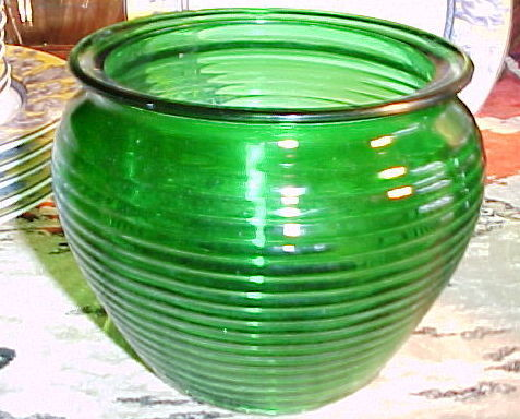 National pottery green bowl vase3
