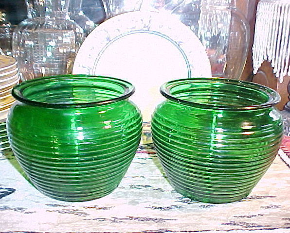 National Potteries Ribbed Mid-Century Retro Styled Bowl Vase #1162,Cleveland,OH