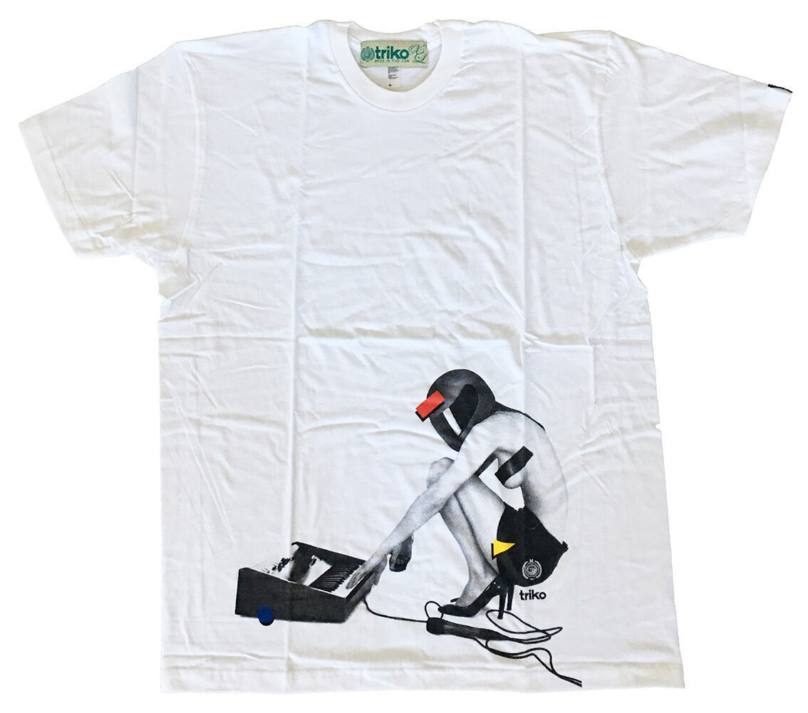 Triko Mens White Fast Racer Sexy Girl w Helmet Electronic Music Keyboard T-Shirt