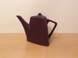 Brown Matted Triangle Tea Pot with Lid by Designpac Inc.